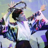 Music Meets Fashion - Little Dragon